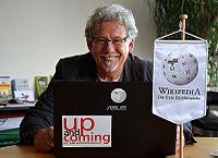 2015-11-19 Der Fotograf Marc Theis im Wikipedia-Büro Hannover.jpg