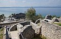 2017-04-10 04-14 Gardasee 188 Sirmione, Grotte di Catullo (33571769393).jpg
