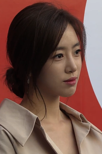 2019 SS 서울패션위크 - Elsie Hahm 02.png