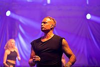 2 Unlimited - 2016332013348 2016-11-26 Sunshine Live - Die 90er Live on Stage - Sven - 1D X II - 1764 - AK8I7428 mod.jpg