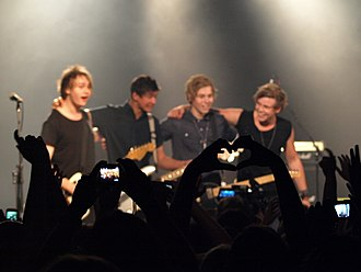 5 Seconds of Summer - 5 Seconds of Summer at their EP launch gig at The Metro Theatre on 25 November 2012