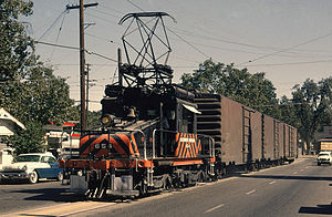 Sacramento Northern Railway - A GE Steeplecab street-running in Yuba City, California in 1964