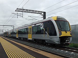 Public transport in Auckland - An Auckland Transport electric train (AM class) at Puhinui.
