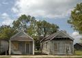 Abandoned houses, Natchez, Mississippi LCCN2010630793.tif