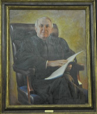 Abner J. Mikva - Mikva's official portrait as Chief Judge of the D.C. Circuit Court of Appeals