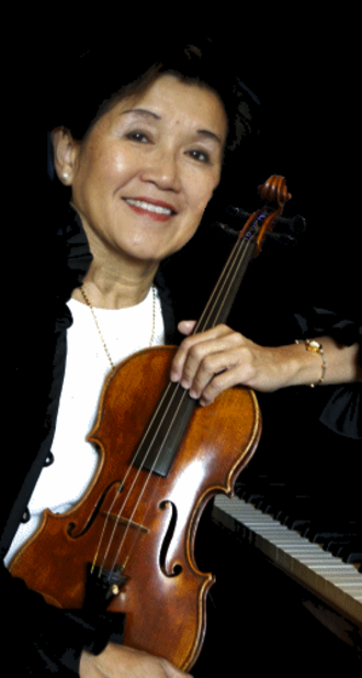 Ayke Agus - Agus with her two instruments