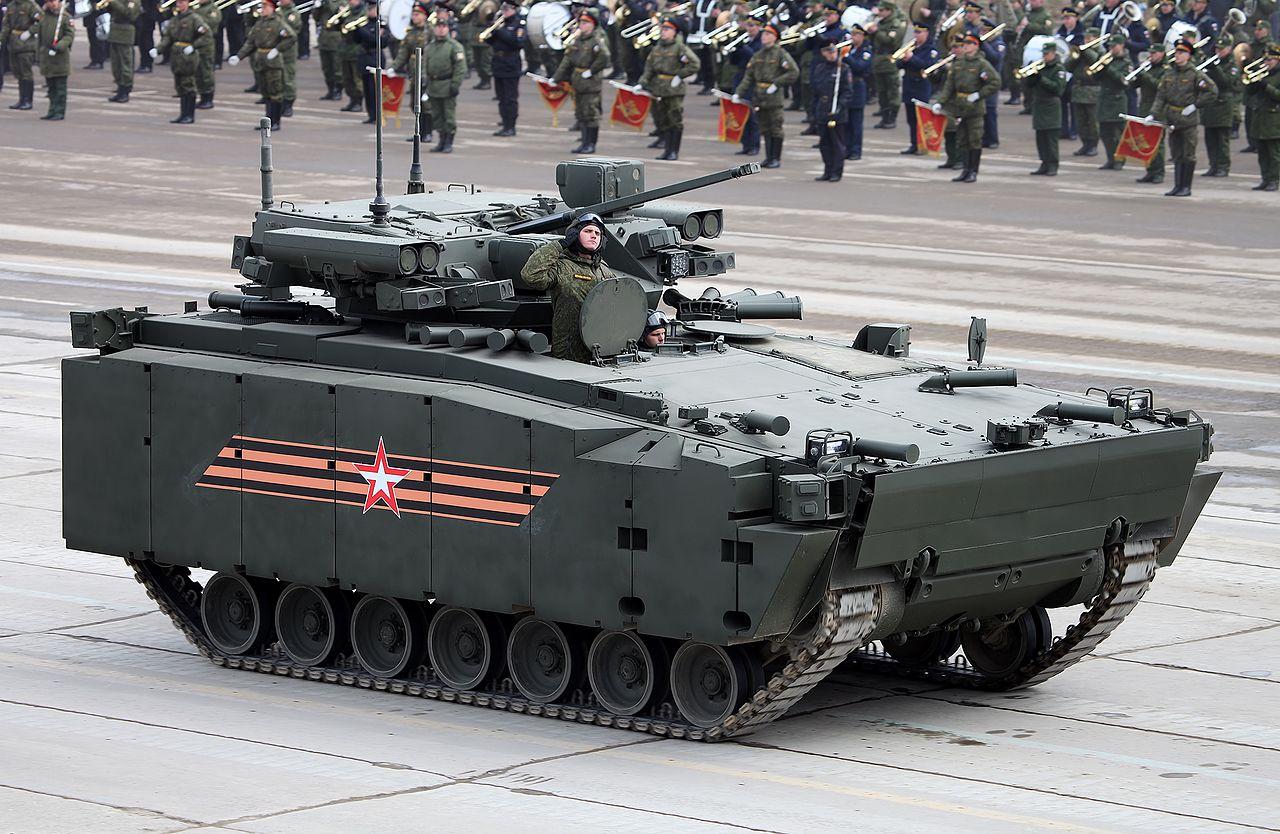 Сражение эпох: британский Уорриор против русского Б-11