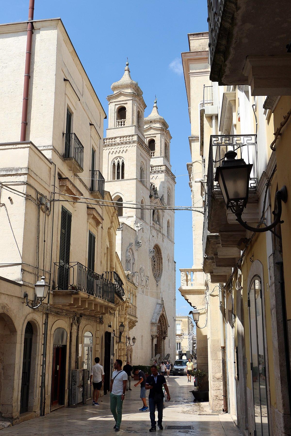 diocesi di altamura gravina acquaviva delle fonti wikipedia