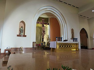Immaculate Conception Cathedral, Dili - Image: Altar der Kathedrale von Dili