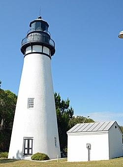 Amelia Island Lighthouse and building, FL, US.jpg