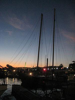 American Spirit (schooner) - Image: American Spirit schooner Gangplank Marina July 2 2010