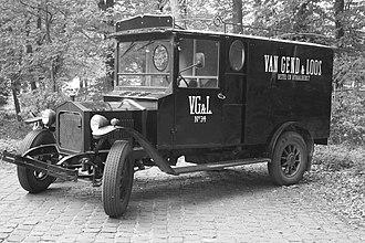 Van Gend & Loos - Image: An early 20th century Van Gend & Loos delivery truck
