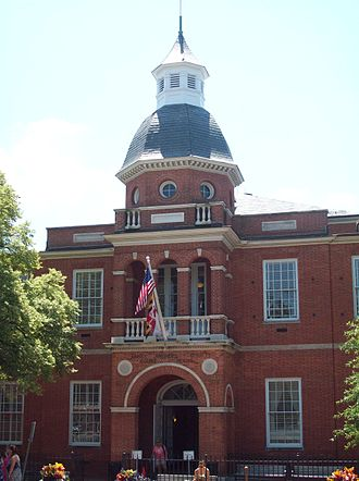 Anne Arundel County, Maryland - Image: Anne Arundel County Courthouse Jul 09