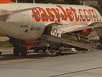 Aparato de easyjet, Aeropuerto de Palermo, Sicilia, Italia, 2015.JPG
