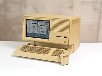 Macintosh XL - A Macintosh XL