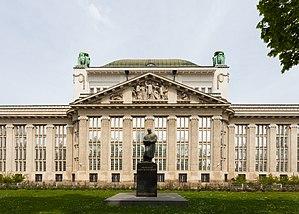 Archivo Nacional, Zagreb, Croacia, 2014-04-13, DD 01