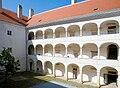 Arkaden Kunsthaus Horn.jpg