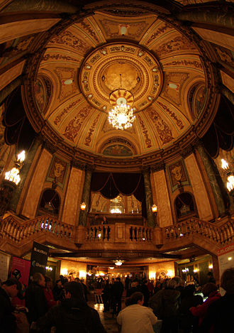 State Theatre (Sydney) - The State Theatre stairhall