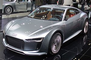 Audi e-tron - Image: Audi e tron Detroit