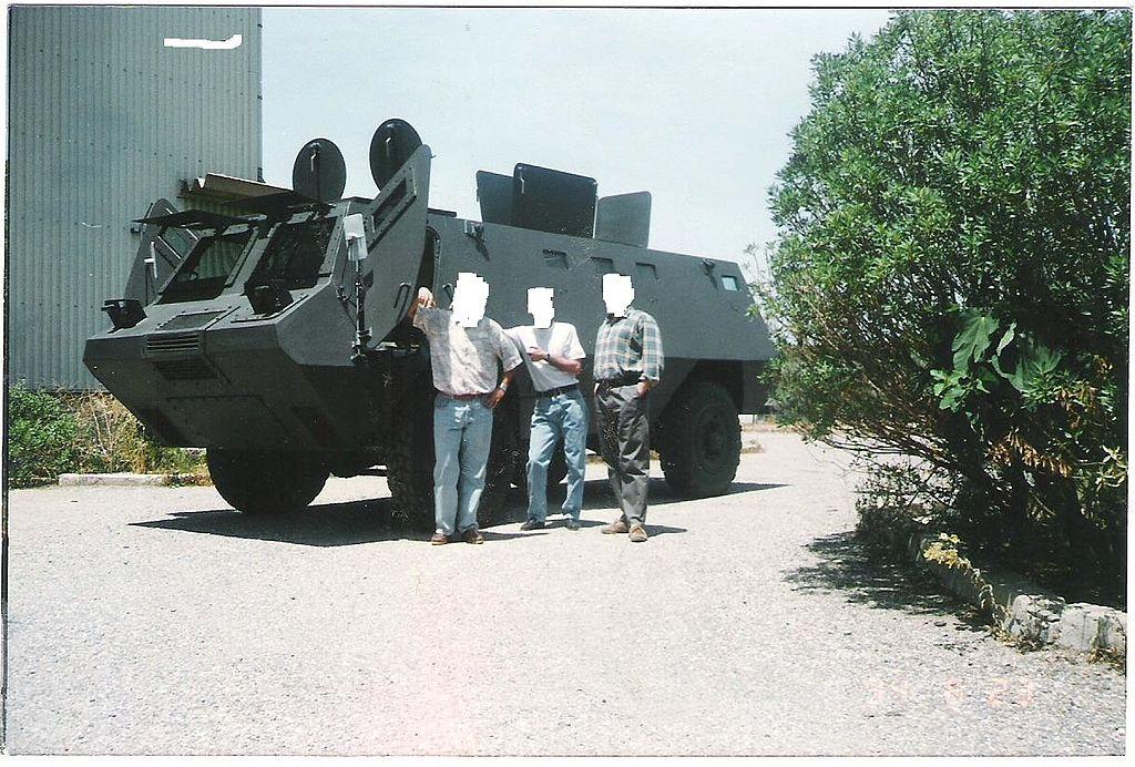 تطور الصناعة الجزائرية العسكرية الثقيلة  بشكل ملحوظ من الشراكة الى الاعتماد الذاتي الكلي . 1024px-BCL-M5