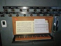 Bagband, Martin-Luther-Kirche, Orgel (2).jpg