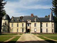 Beaurepaire (60), château, façade sud.jpg