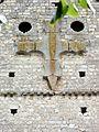 Beauvais (60), église Notre-Dame-de-la-Basse-Œuvre, croix sur le pignon.JPG