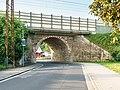 Bennewitz Bahnhofstrasse Eisenbahnbruecke-01.jpg