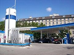 Berlin-WasserstoffTankstelle-2007.jpg