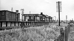 Besses o' th' Barn tram stop - Image: Besses o'th' Barn railway station