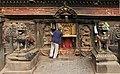 Bhaktapur-Bhairava Mandir am Taumadhi Tole-14-gje.jpg