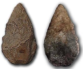 Prehistoric warfare - Quartzite hand axe