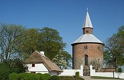 Bjernede Kirke - panoramio.jpg