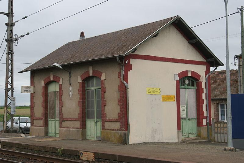 Gare de Sceaux-Boëssé © Pymouss / Wikipédia