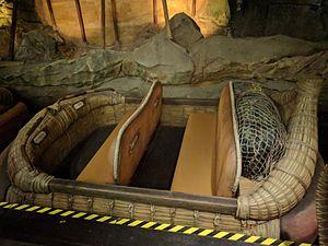 Na'vi River Journey - Image: Boat for Na'vi River Journey (34716522955)