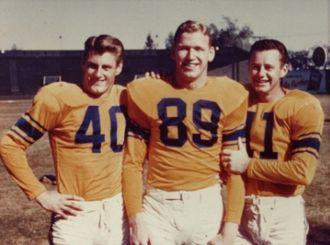 Bob Carey (American football) - Image: Bob Carey Hirsch Van Brocklin
