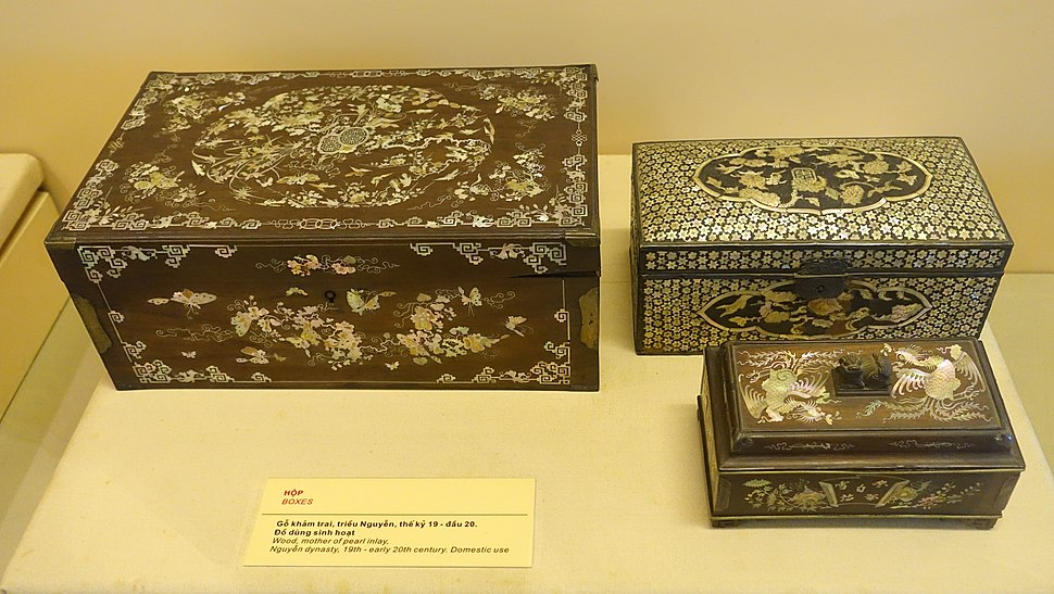 Boxes, Nguyen dynasty, 19th to early 20th century, wood with mother of pearl inlay - National Museum of Vietnamese History - Hanoi, Vietnam - DSC05617