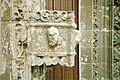 Breizh 29 - Ar Roc'h Morvan - maen font chapel pont krist 01.jpg