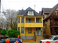 Bright Yellow Queen Anne Home - panoramio.jpg
