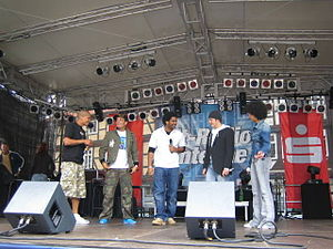 Bro'Sis - Bro'Sis performing in Celle during their last concert (2005).