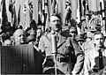 Bundesarchiv Bild 119-11-19-12, Adolf Hitler bei Ortsgruppenfeier der NSDAP Rosenheim.jpg