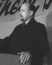 Bundesarchiv Bild 183-V01850, Berlin, Walter Ulbricht am Rednerpult-cropped