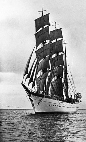 USCGC Eagle (WIX-327) - Horst Wessel under sails in 1936