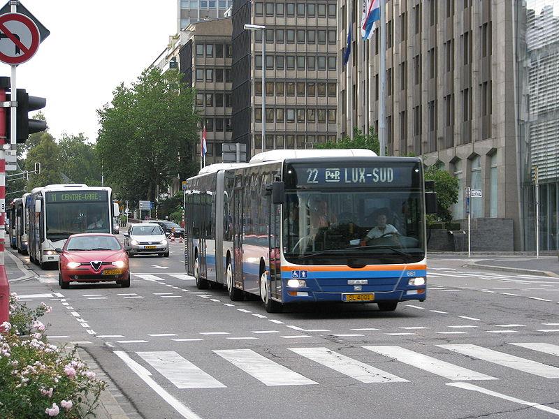 Como andar de ônibus em Luxemburgo