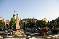 Cahuzac-sur-Vere centre village.jpg