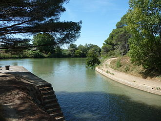 La Nouvelle branch - The Canal de Jonction enters the Aude downstream of Gailhousty lock