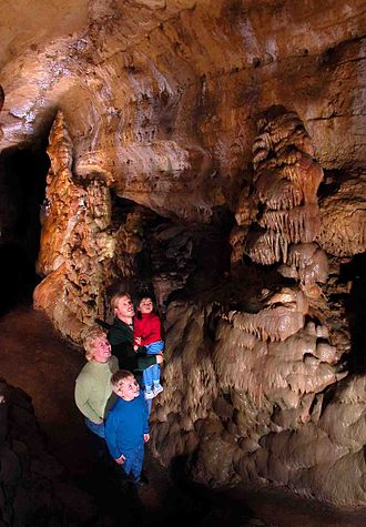 Cave of the Mounds - Image: Cave of the Mounds