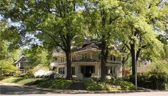 Central Gardens, Memphis - Image: Central Gardens 10
