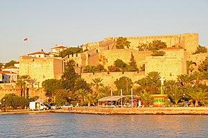Çeşme Castle - Image: Cesme Castle, Turkey panoramio