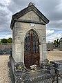 Chapelle Funéraire Famille Guinet Cimetière Chennevières Marne 1.jpg